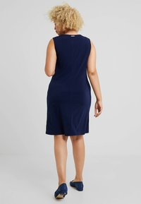 MICHAEL Michael Kors - TIE WAIST CREW NECK DRESS - Jersey dress - true navy - 2