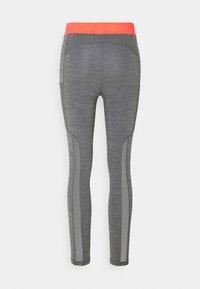 Nike Performance - 7/8 FEMME - Leggings - smoke grey heather/bright mango/white - 6