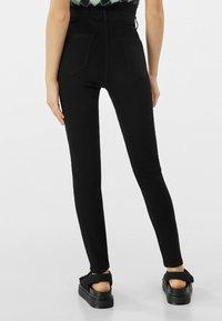 Bershka - SUPER HIGH WAIST - Slim fit jeans - black - 2