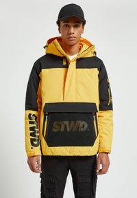 PULL&BEAR - Winter jacket - yellow - 0