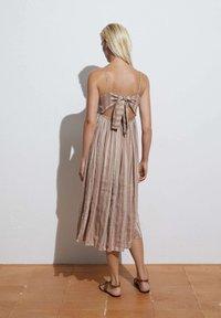 OYSHO - Day dress - brown - 1