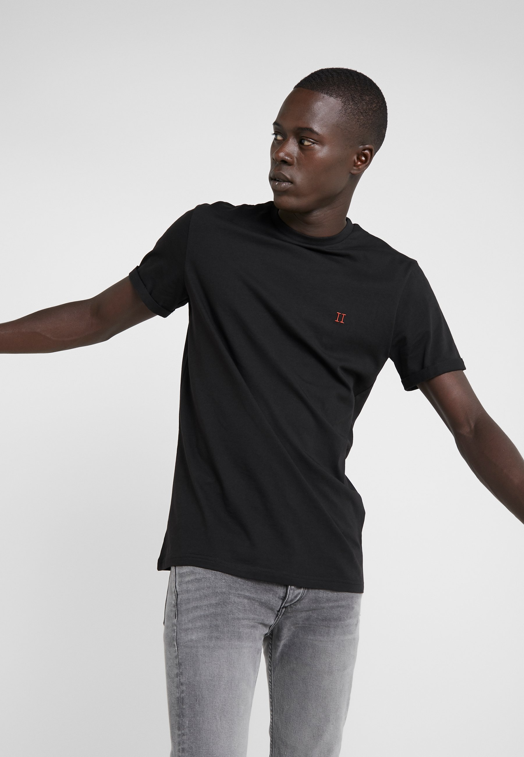 Men NØRREGAARD - Basic T-shirt