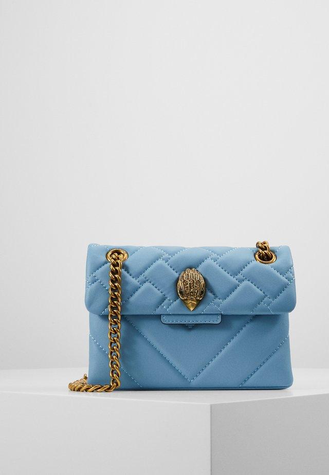 MINI KENSINGTON BAG - Sac à main - pale blue