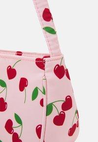 Fire & Glory - SHOULDER BAG - Handbag - candy pink/red - 3