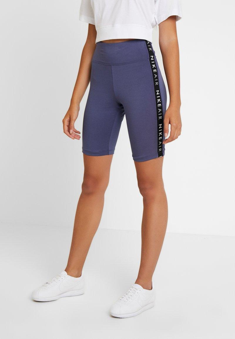 Nike Sportswear - AIR BIKE - Shorts - sanded purple