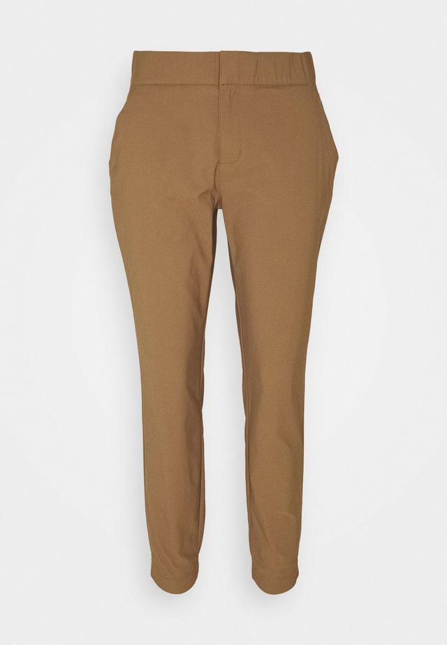 FIRWOOD CAMP™ II PANT - Outdoorové kalhoty - elk