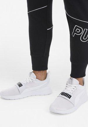 ANZARUN LITE BOLD - Sneaker low - white