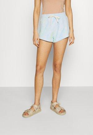 KARIN HOT PANTS - Shorts - light blue