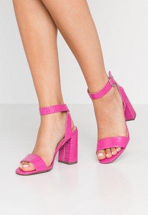 RICHARD - Sandály na vysokém podpatku - bright pink