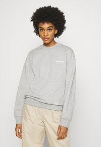 Carhartt WIP - TYPEFACE  - Sweatshirt - grey heather/white - 0