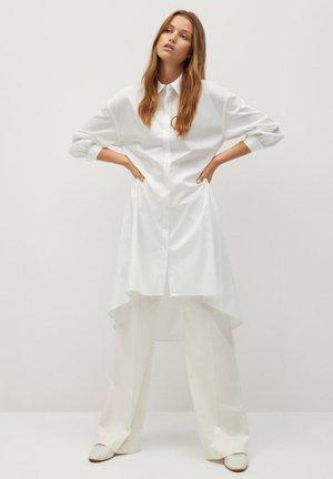PERLA - Shirt dress - blanc