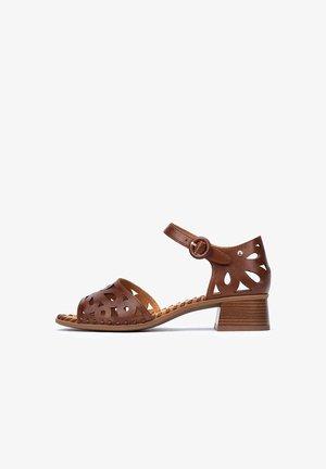 MELILLA  - Sandals - cuero