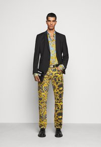 Versace Jeans Couture - PRINT BAROQUE - Shirt - azzurro scuro - 1