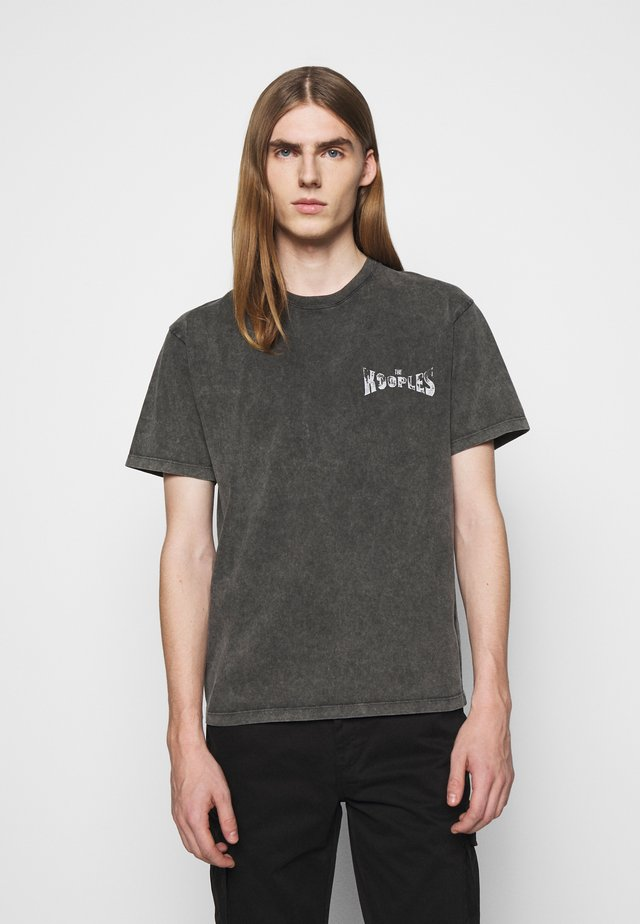 T-shirt con stampa - black washed