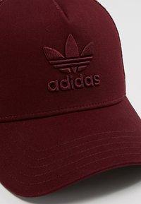 adidas Originals - TRUCKER - Cappellino - maroon - 6