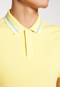 s.Oliver - KURZARM - Polo shirt - yellow - 4