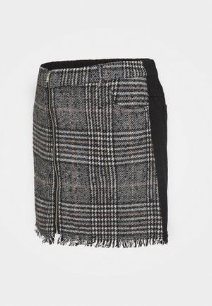 PCMJULIA SKIRT  - Mini skirt - black/check
