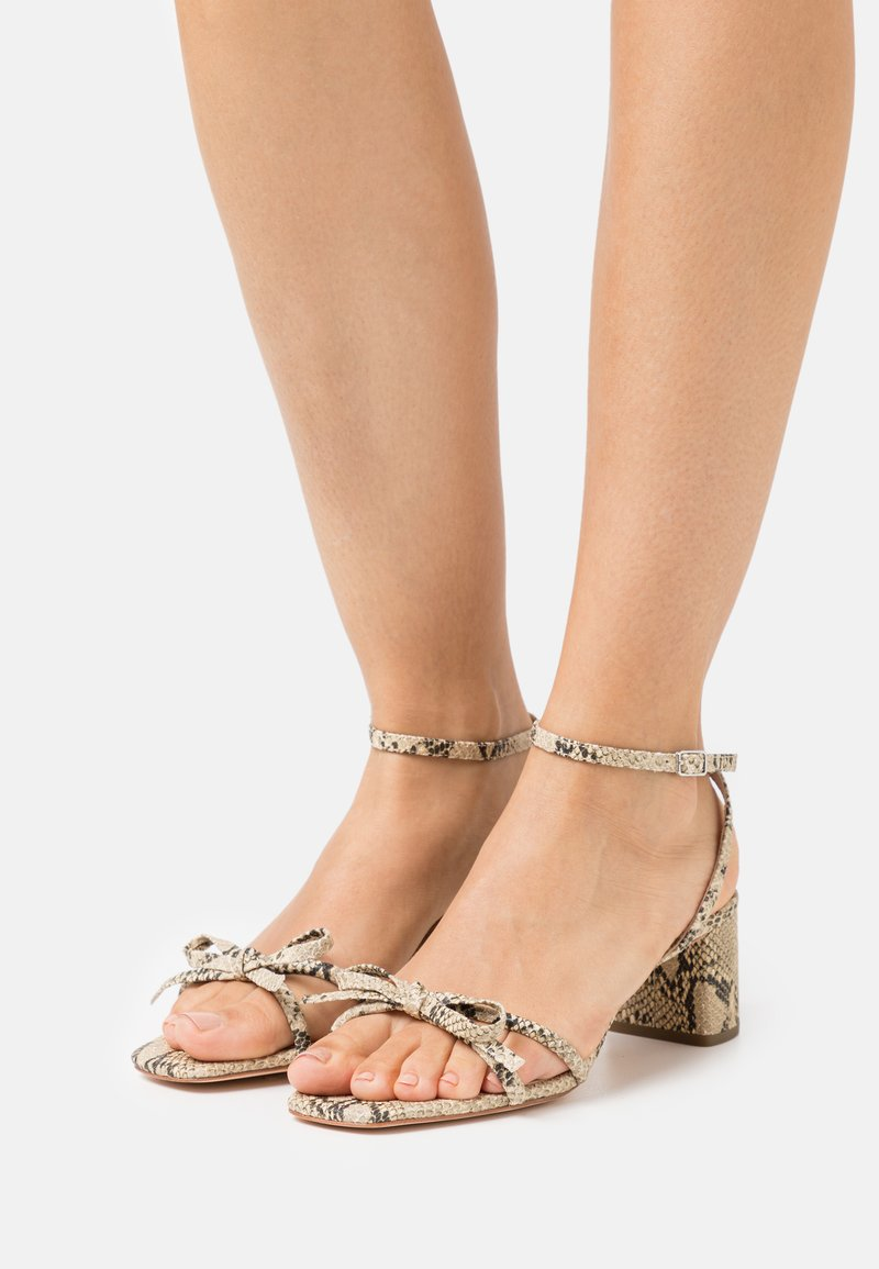 Loeffler Randall - GRACIE - Sandály - natural
