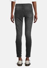 Cartoon - Slim fit jeans - black denim - 2