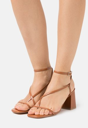ONLAMANDA SLINGBACK HEELED  - T-bar sandals - cognac