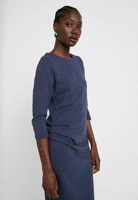 AMOV - CHARLOT SLUB DRESS - Vapaa-ajan mekko - mood indigo - 4