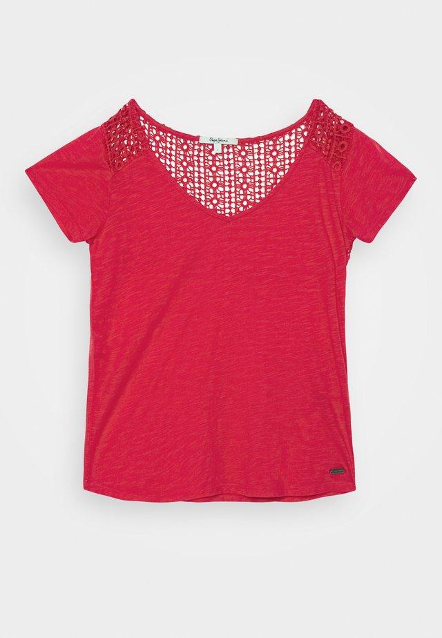 BARBARA - Print T-shirt - mars red