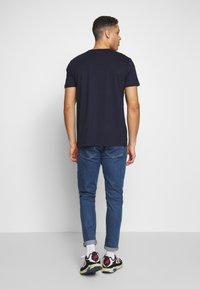 Esprit - 2 PACK - T-Shirt print - navy - 3