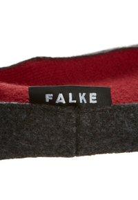 Falke - COSYSHOE - Socks - rot - 2