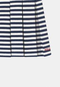 Polo Ralph Lauren - STRIPE  - Robe en jersey - patriot blue - 2