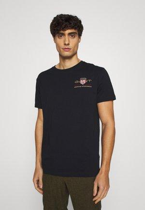 GANT ARCHIVE SHIELD - T-shirt z nadrukiem - black/czarny Odzież Męska BIUK
