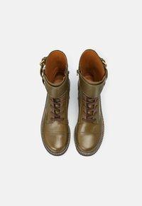 See by Chloé - MALLORY LACE UP - Šněrovací kotníkové boty - khaki - 8