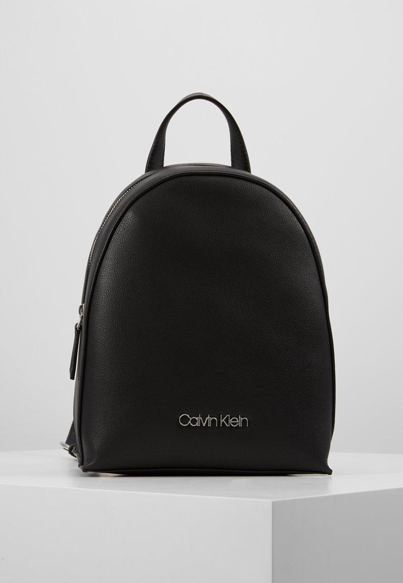 Calvin Klein - MUST BACKPACK - Rucksack - black