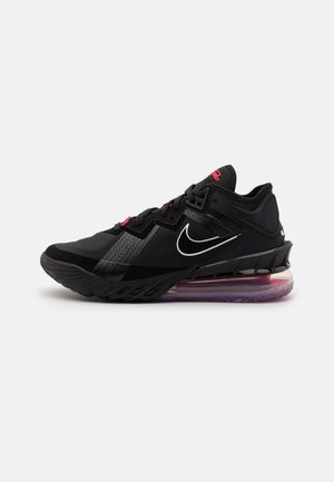 LEBRON XVIII LOW - Basketbalové boty - black/white/university red
