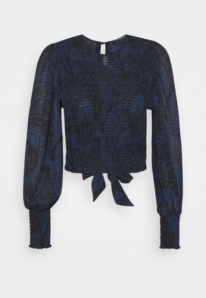 STORYTELLING FITTED TOP WITH SMOCKED DETAILING - Blůza - dark blue