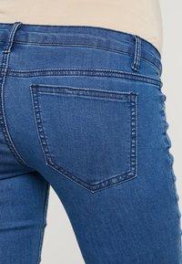 Zalando Essentials Maternity - Jeans Skinny Fit - blue denim - 5