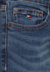 Tommy Hilfiger - SCANTON SLIM FIT - Slim fit jeans - denim - 2