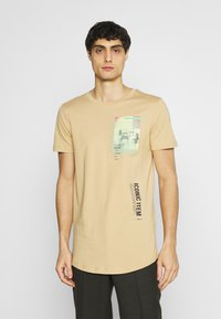 TOM TAILOR DENIM - Print T-shirt - lark beige - 0