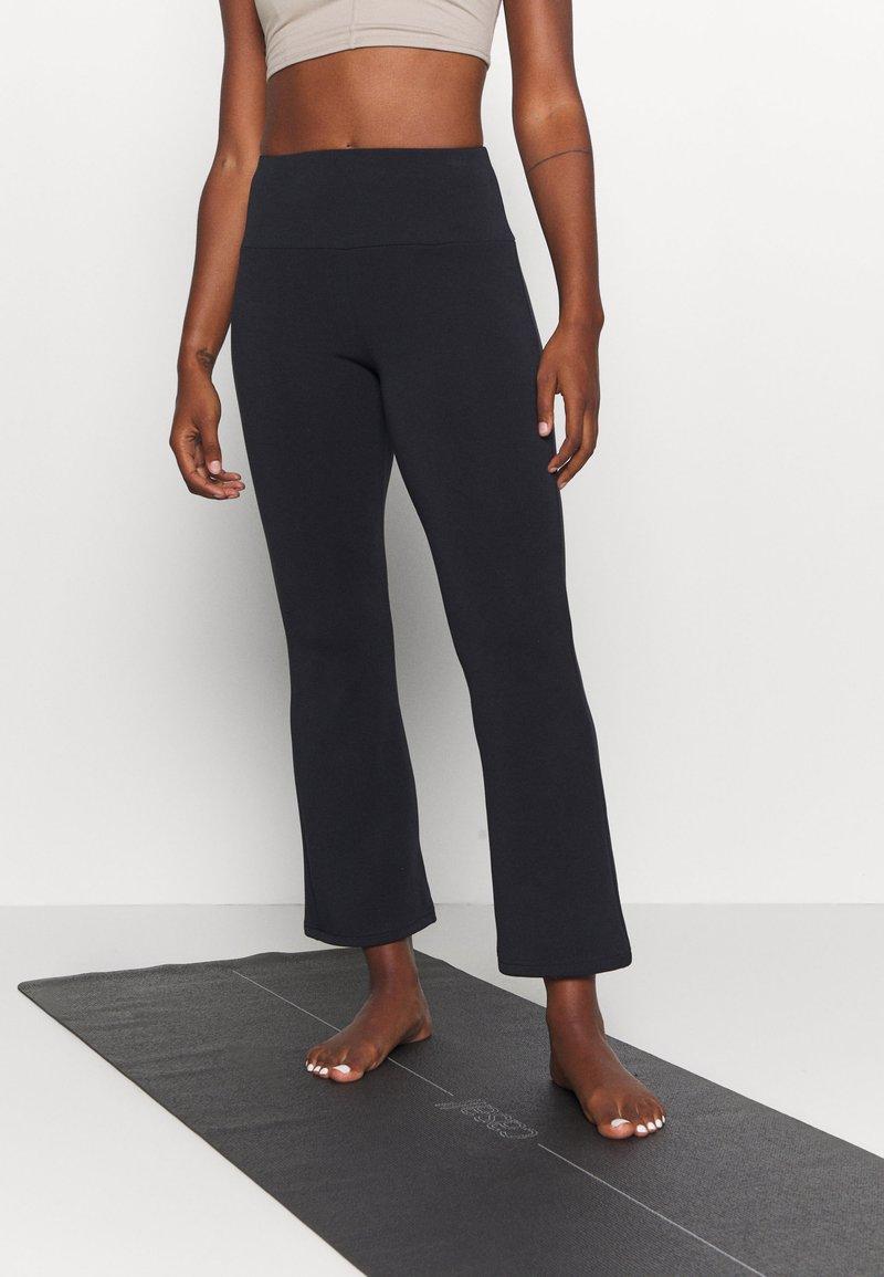 Even&Odd active - Pantalones deportivos - black