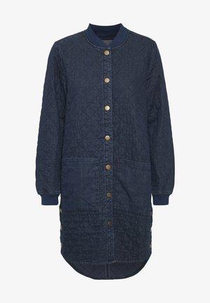 Krátký kabát - blue wash