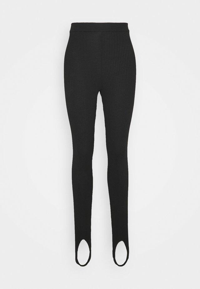 OPEN HEEL LEGGINGS - Legging - black
