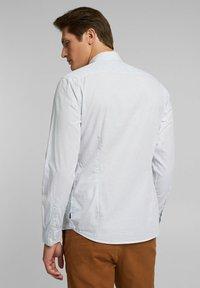 Esprit - Vapaa-ajan kauluspaita - white - 2