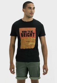camel active - KURZARM  - Print T-shirt - asphalt - 0