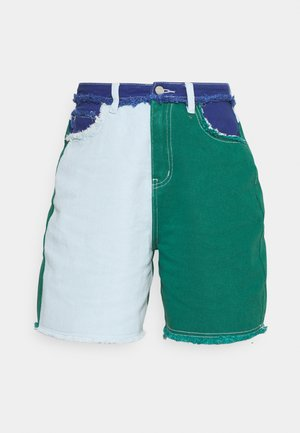 FRAYED - Shorts vaqueros - green