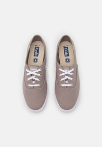 Keds - CHAMPION - Sneakers laag - graphite - 5