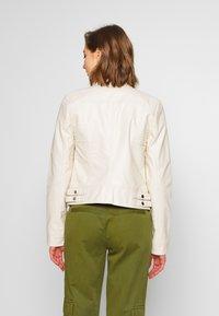Vero Moda - VMRIAMARTA  - Faux leather jacket - birch - 2