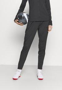 Nike Performance - ACADEMY SUIT - Træningssæt - anthracite/black - 3