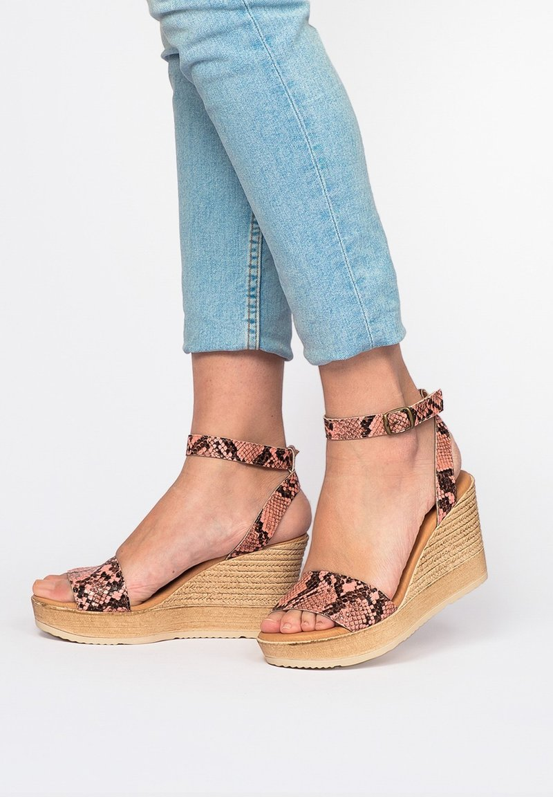 Eva Lopez - High heeled sandals - Rosa