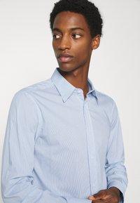 Benetton - Formal shirt - dark blue - 3