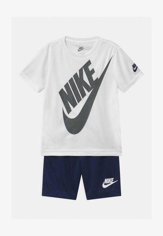 FUTURA SET - T-shirt con stampa - midnight navy