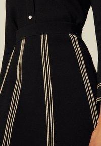 sandro - EUDINE - Mini skirt - noir - 4